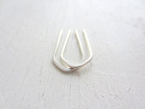 brave arc earrings, sterling silver - andJules Jewelry