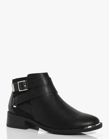 Black buckle ankle boot boohoo SassieDoll Blog
