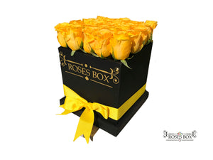 Square Box L 22-24 Rosas Amarillas