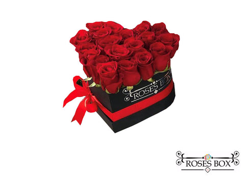 Heart Box 18-20 Rosas Rojas