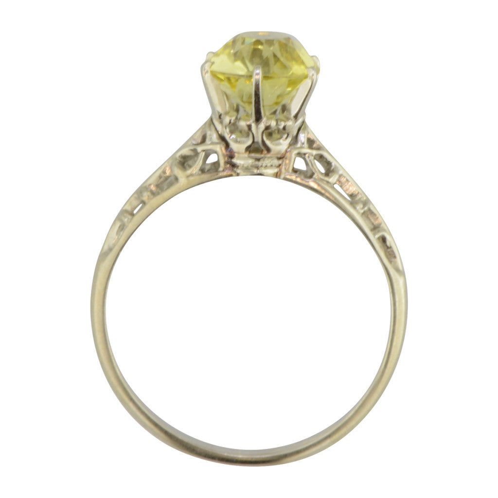 'London' is a vintage white gold ring set with chrysoberyl