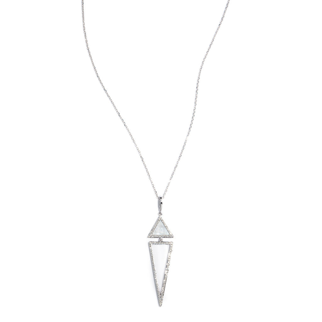 Modern pendant of white gold and diamond with mother of pearl accents