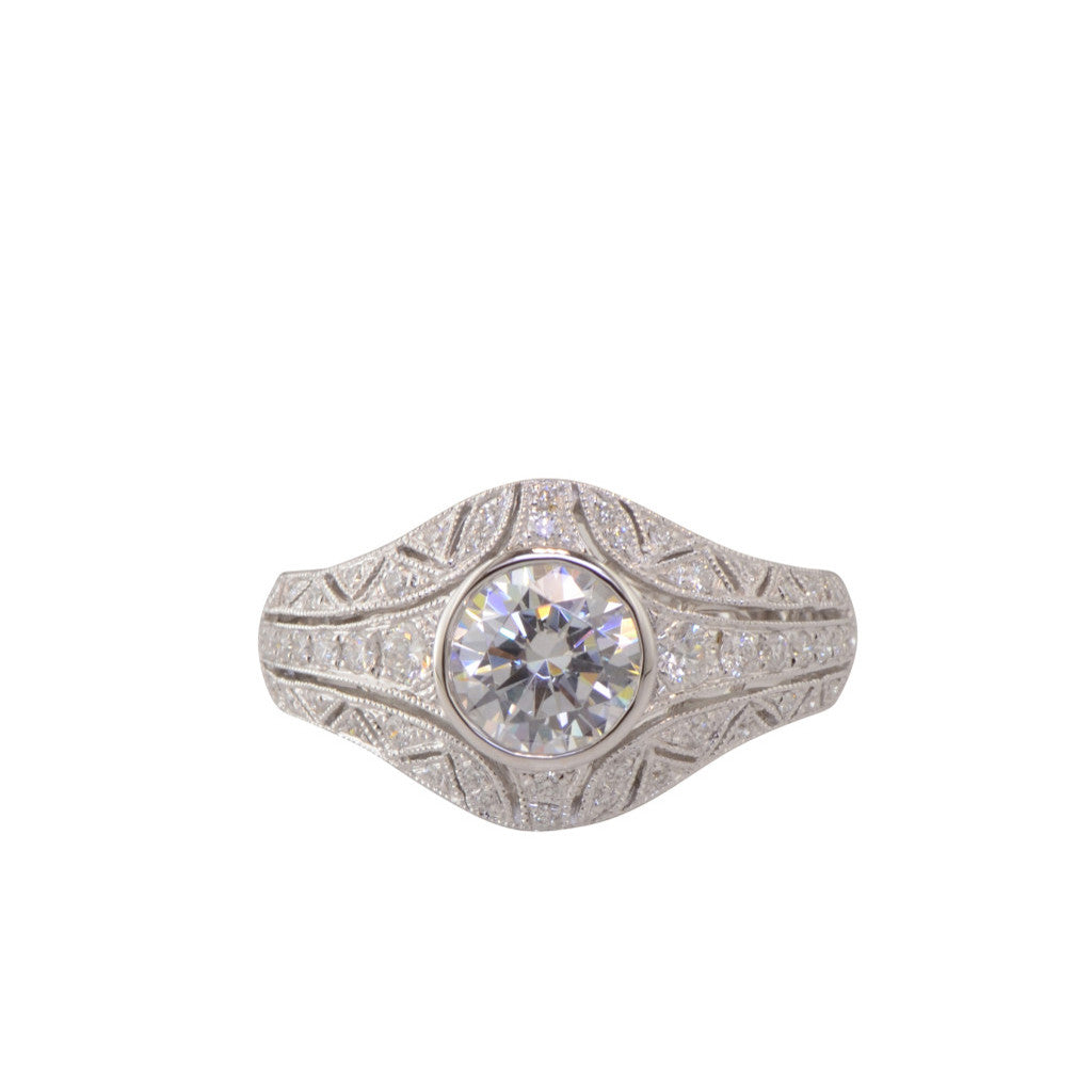 Vintage Style Filigree Engagement Ring 'Chantilly' by Diadori
