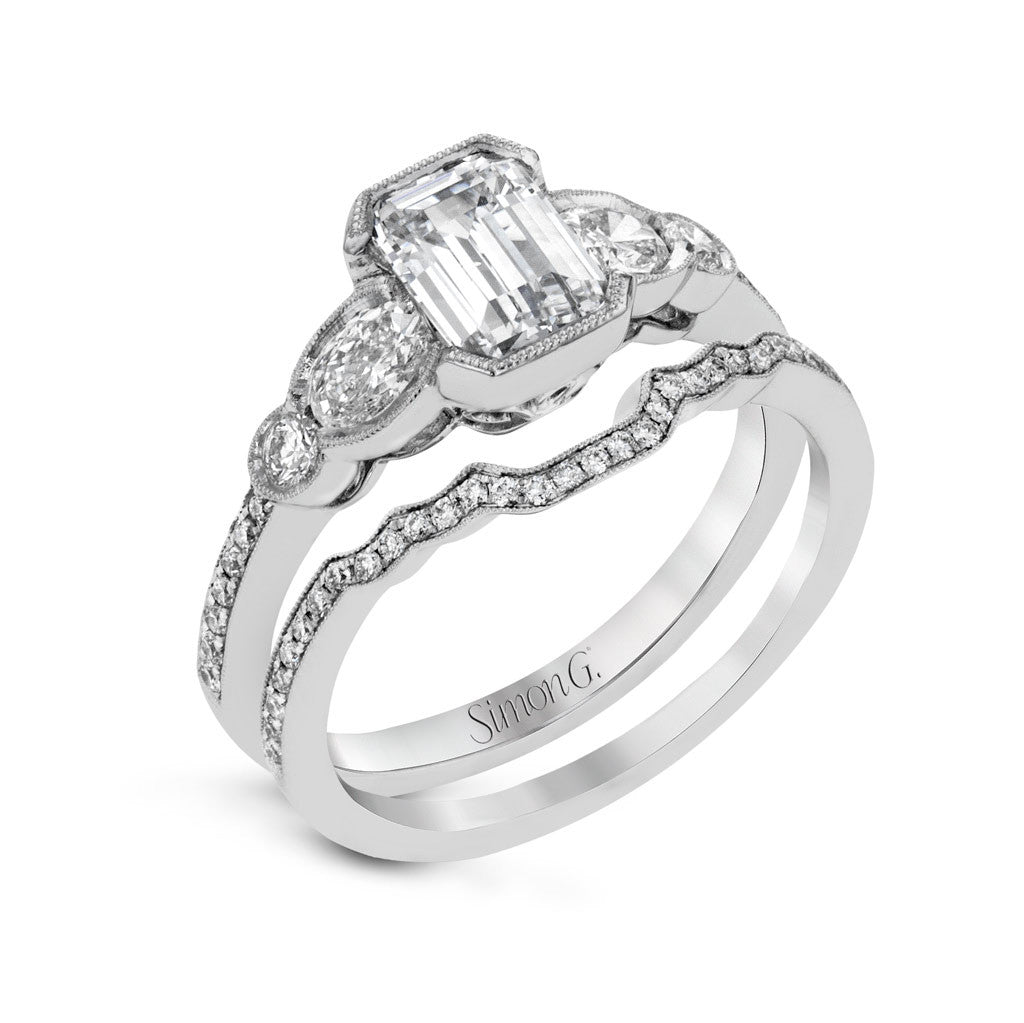 Emerald Cut Diamond Engagement Ring 'Dearest'