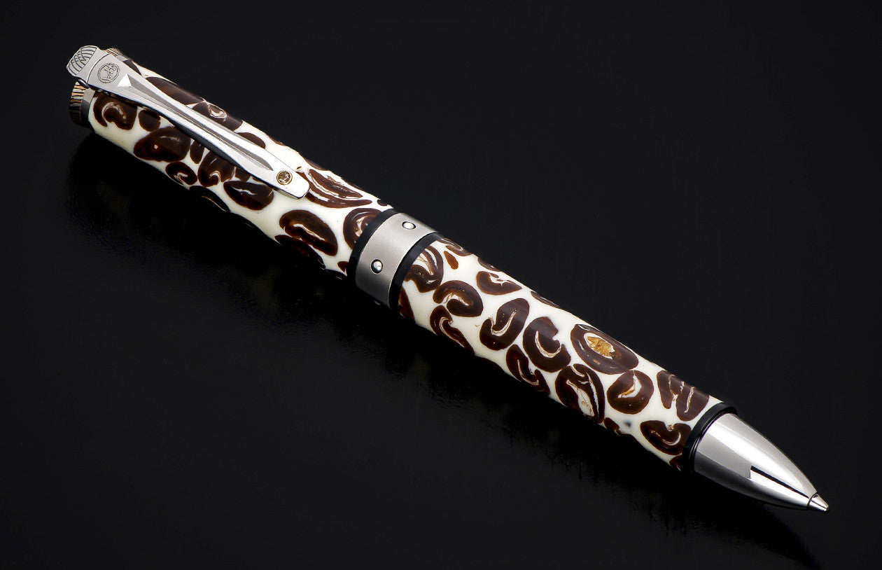 "Coffee Bean inlayed pen by William Henry ""Chablis 1212"""