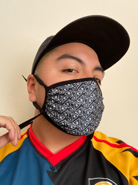 Pyramid Pattern Adjustable Face Mask