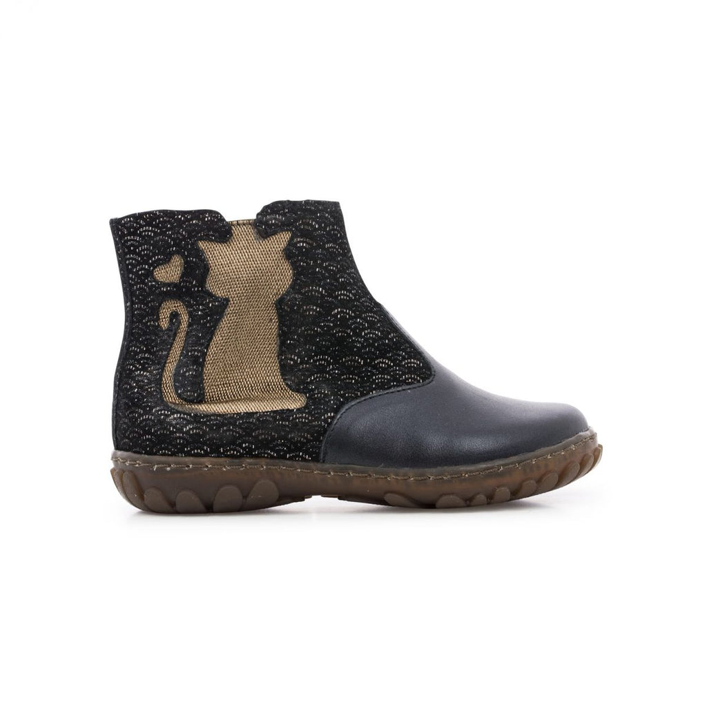 Cute cat boot from Pom d'Api