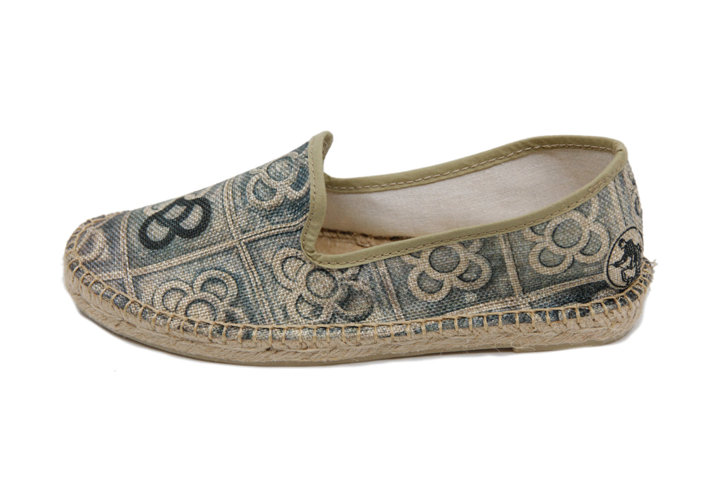 Espadrille with Spanish sidewalk tile design