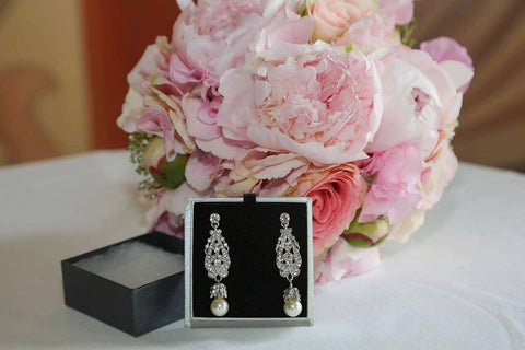 Real bride wears Marguerite earrings