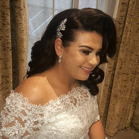 Real bride wearing Jodie earrings