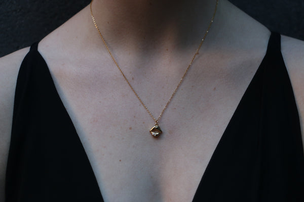 Kiss Gold Necklace