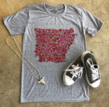 State Roses Marbled V-Neck Tee | S-3X $29.99 | The Brave Beauty - The Brave Beauty
