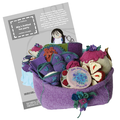 Mia's tea party, knitting kit