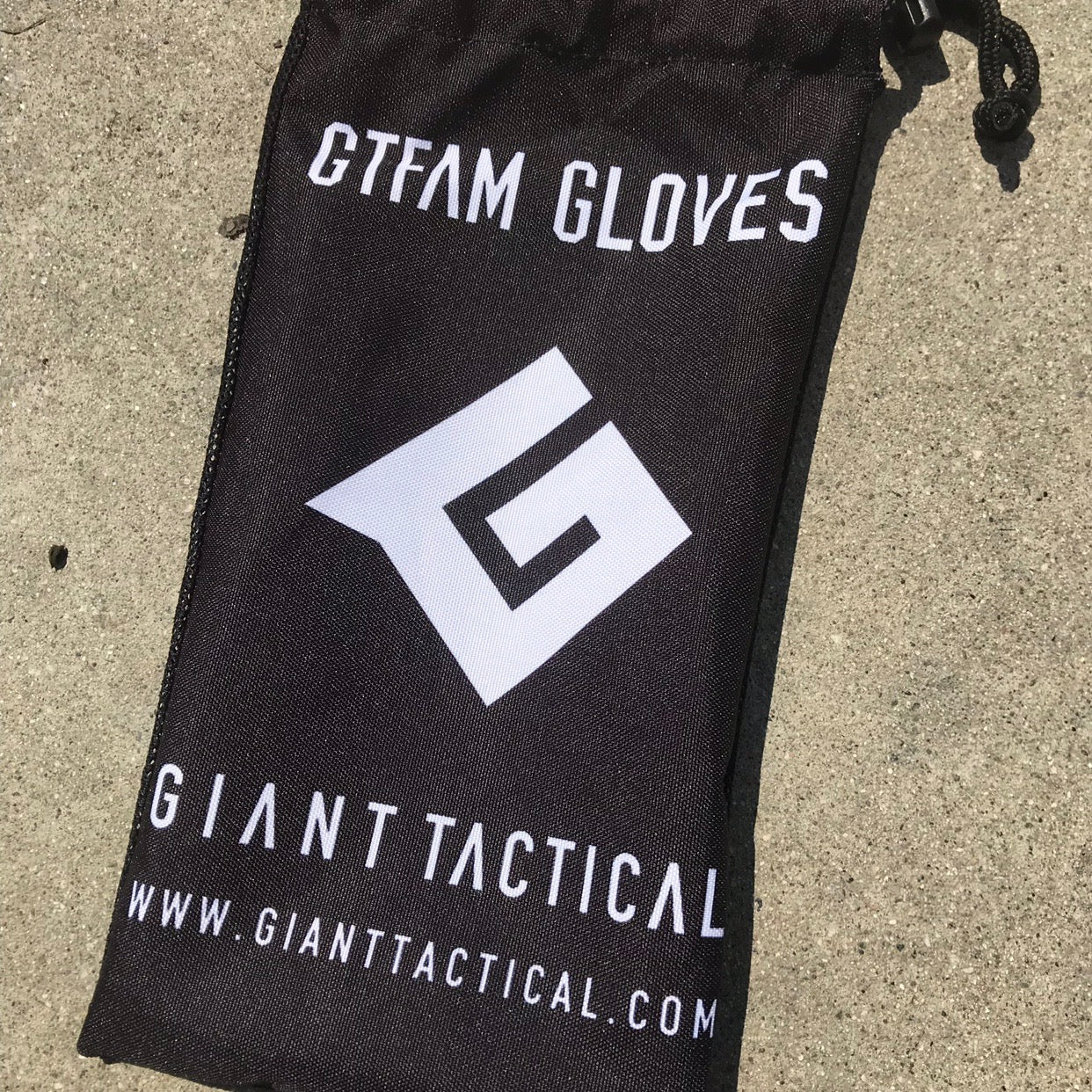 GIANT TACTICAL 2018 GTFAM GLOVES - WHITE