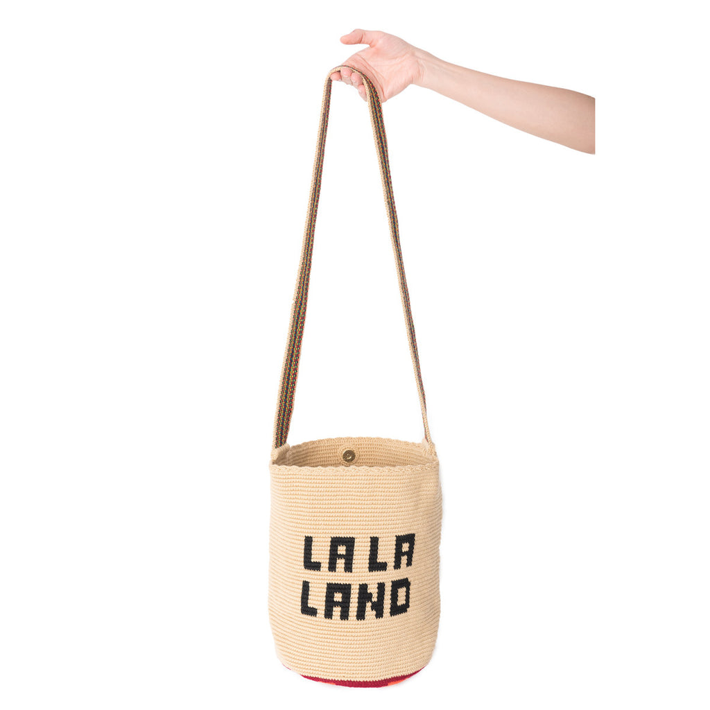 La La Land Woven Mochila Bucket Bag - 3