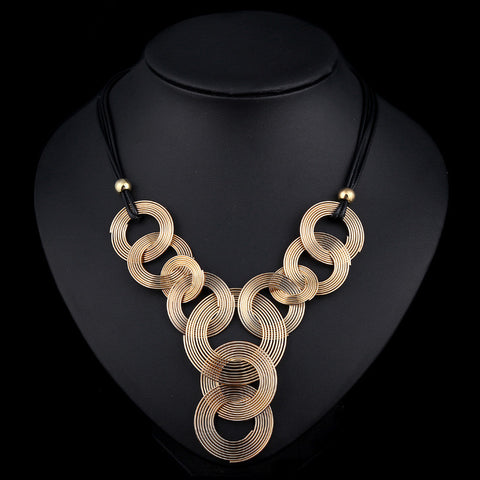 Interlocking Metal Circles w/Black Leather Band Necklace