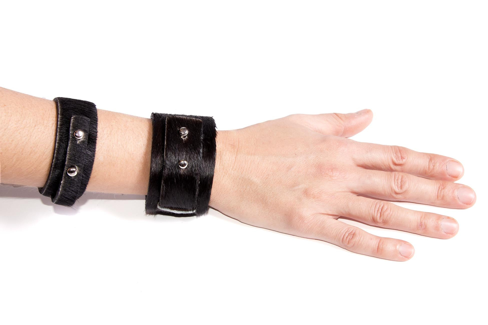 Big Bess Cuff Black Cowhide