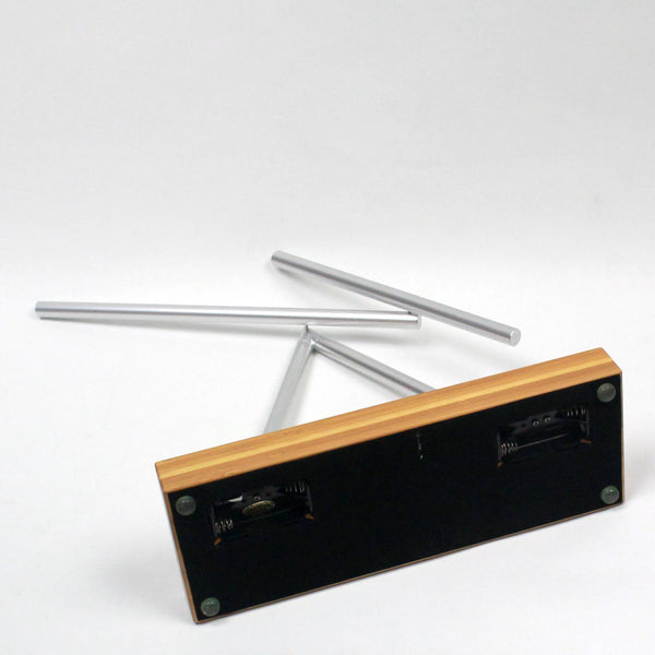 The Swinging Sticks<sup>®</sup> - Original Bamboo - GeelongShop Perpetual Motion Kinetic Energy Double Pendulum Sculpture