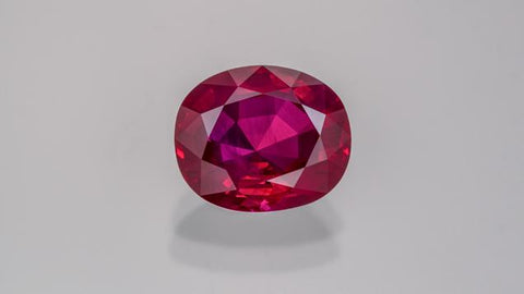 Burmese ruby from Mogok, approximately 4 ct. Courtesy of Amba Gem Corporation. Photo by Robert Weldon/GIA.
