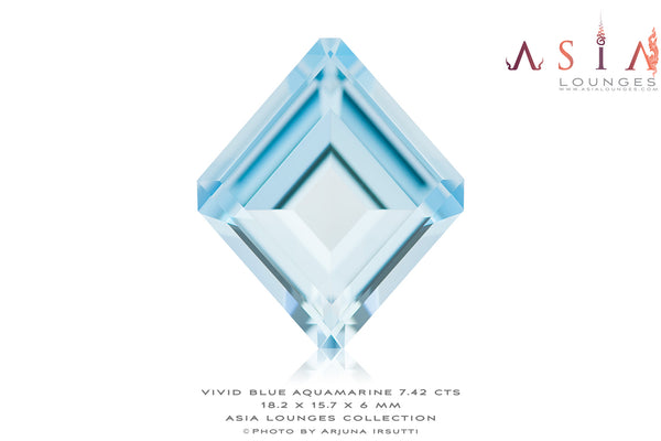Vivid Blue Aquamarine in shield shape 7.42 cts - Asia Lounges