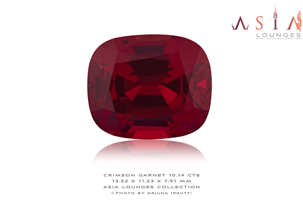 Flawless Tanzanian Crimson Red Garnet 10.14 cts - Asia Lounges