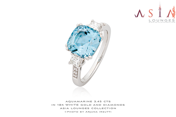 Stunning 3.45cts Madagascar Aquamarine in 18k White Gold and Diamonds Ring - Asia Lounges