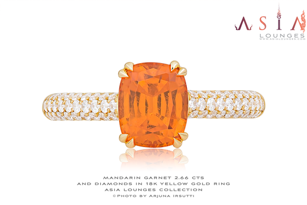 2.66 cts Tanzanian Mandarin Garnet in 18k Yellow Gold and Diamonds Ring - Asia Lounges
