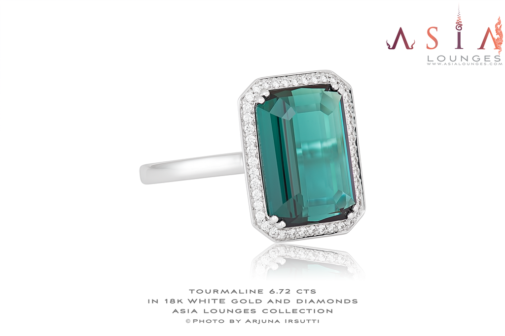 Elegant 6.72 cts Blueish-Green Tourmaline and Diamonds in 18k White Gold Knuckle Ring - Asia Lounges