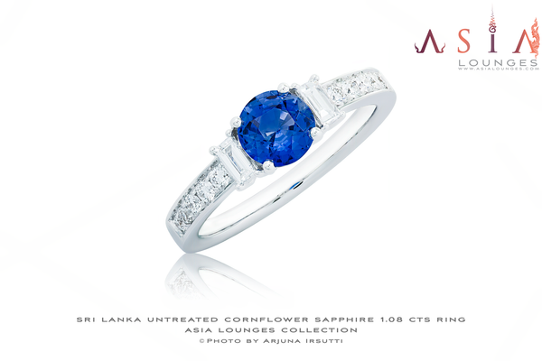 Untreated Cornflower Blue Sri Lankan Sapphire 1.08 cts in 18k White Gold and Diamonds Engagement Ring - Asia Lounges