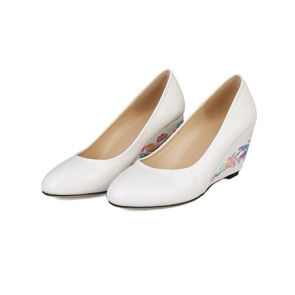 Lady Embroidery Shallow-mouthed Wedge Shoe Woman