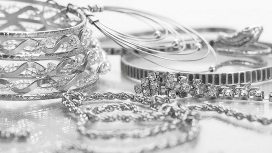 5 Reasons You Should Get Stainless Steel Jewelry