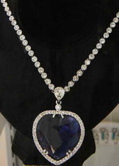 The real Heart of the Ocean necklace