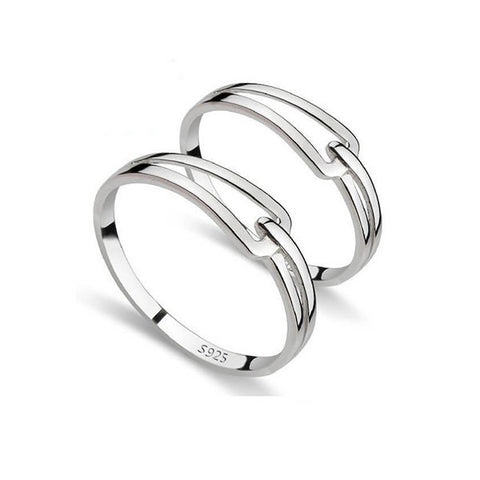 The Knot Couple Rings