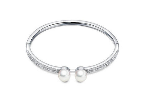 Twin Pearls Bangle