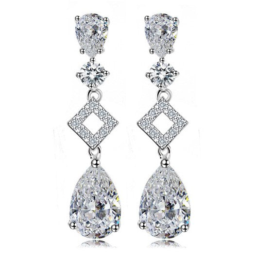 Splendid Dangle Earrings