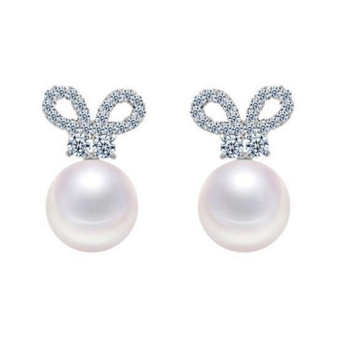 Bowdacious Pearl Stud Earrings - VivereRosse