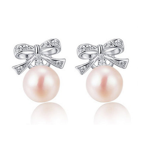 Lady Pearl Stud Earrings - VivereRosse