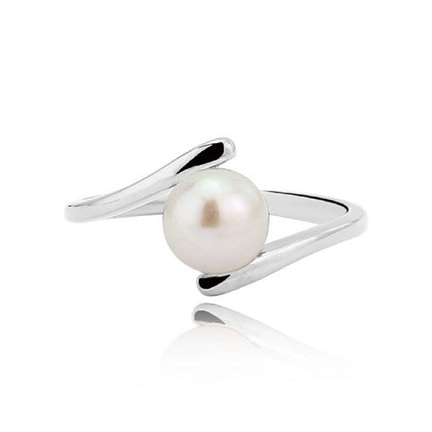 Pearl Crossover Ring