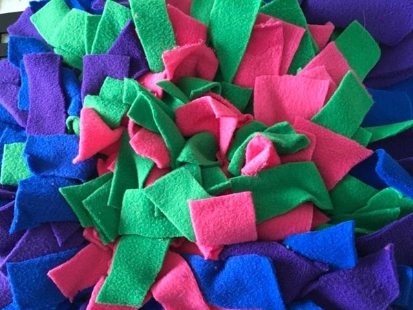 Puppy Snuffle Mat - Distinctive Pets