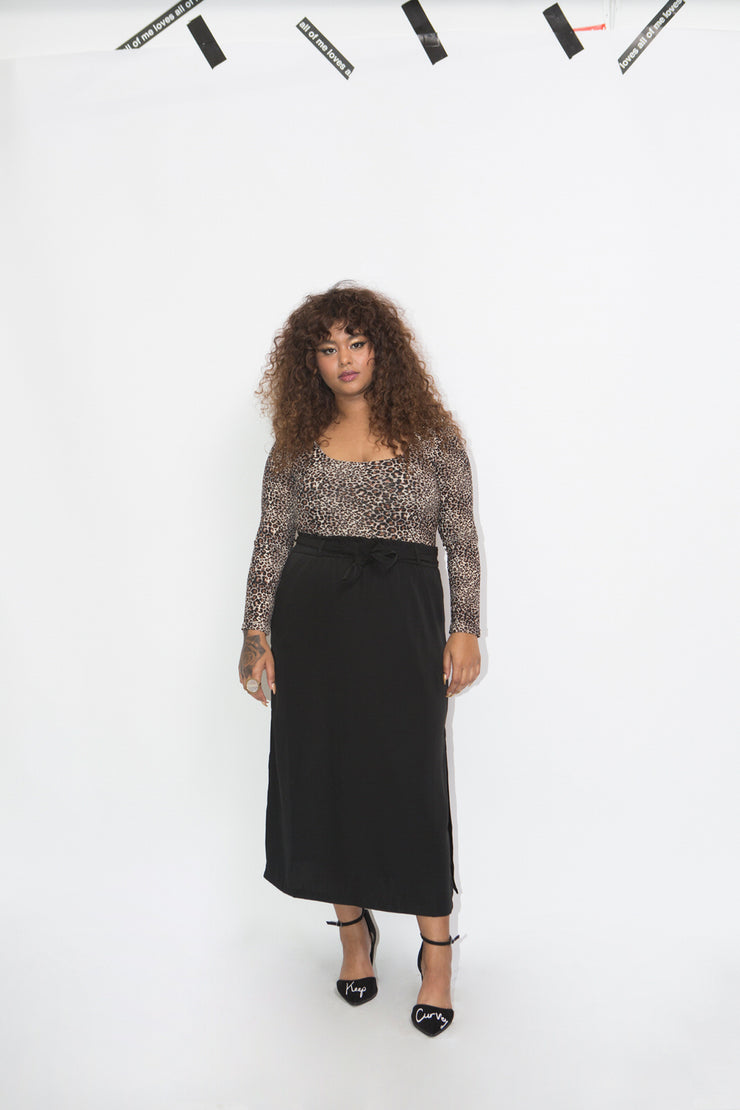 black knot skirt