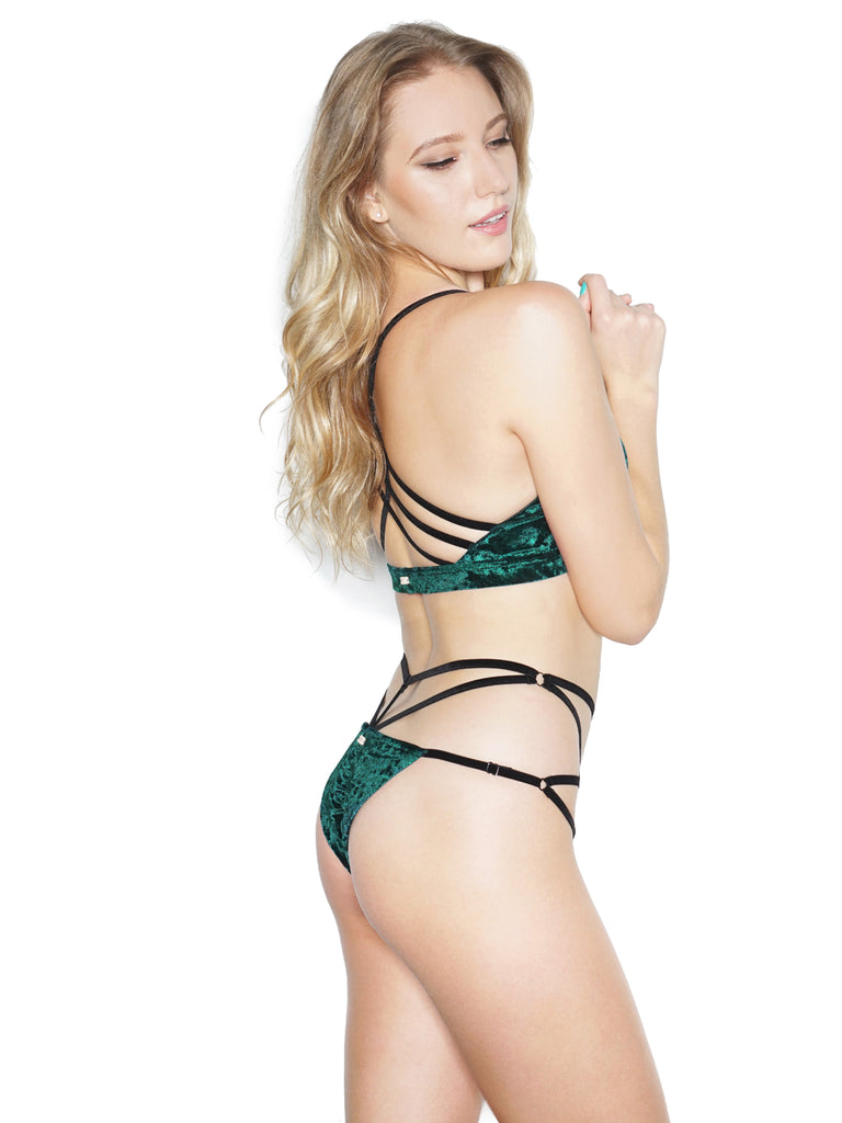 SULTRY VELVET TOP GREEN