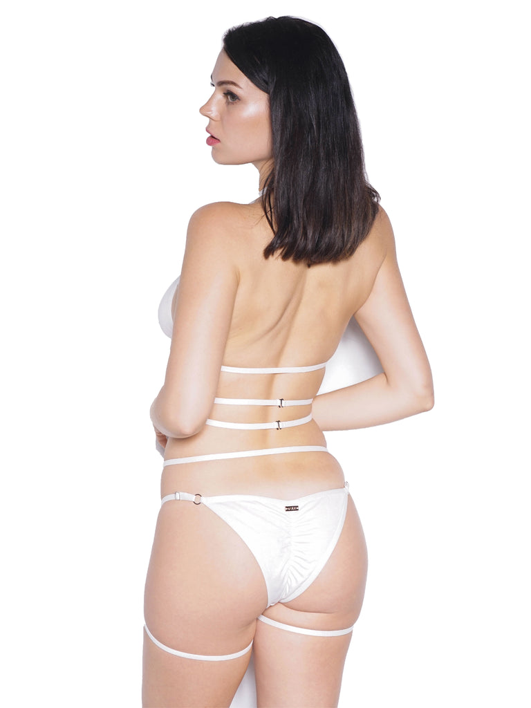 SIREN CHEEKY SHORTS WHITE