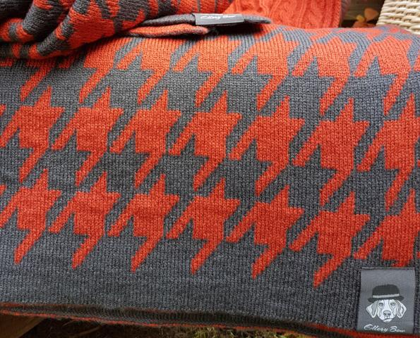 Blanket - in Smoky Orange and Anthracite