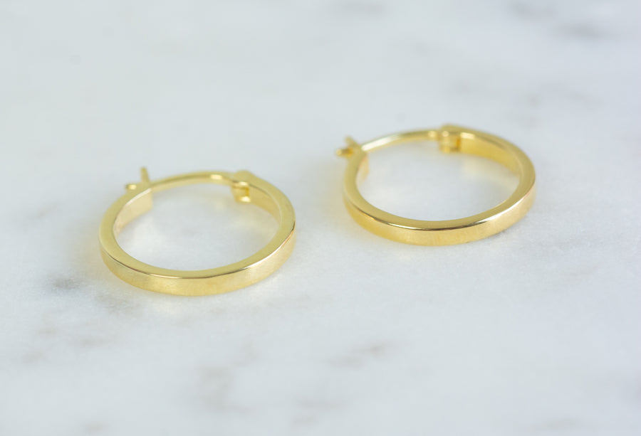 gold 13mm flat hoop earrings