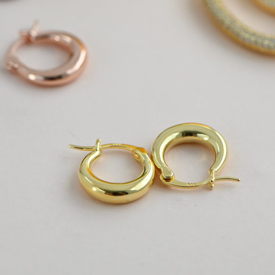gold basket huggie hoop earrings