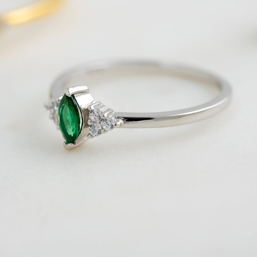 silver emerald marquise ring