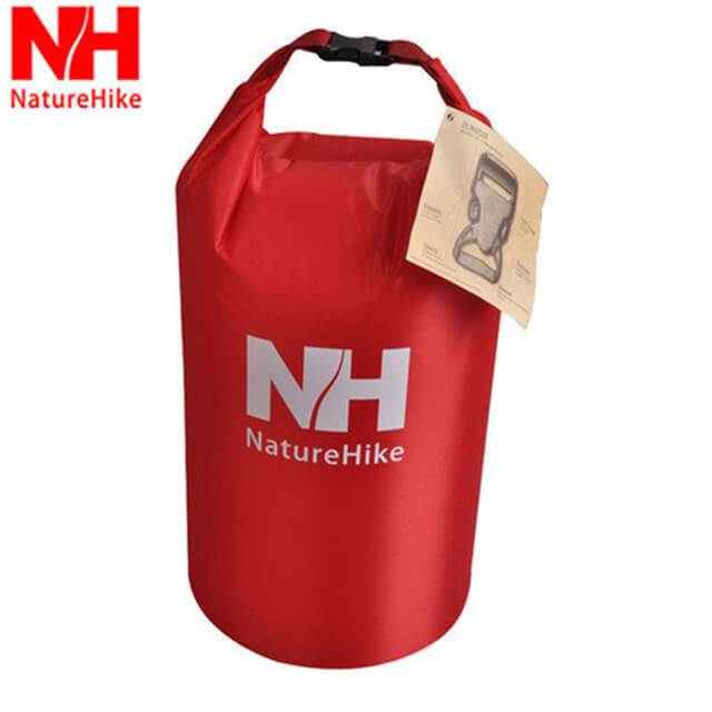 NatureHike 25L dry bag in red
