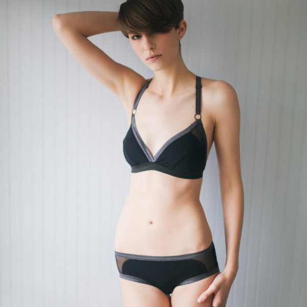 Perpendicular Bralette – Black