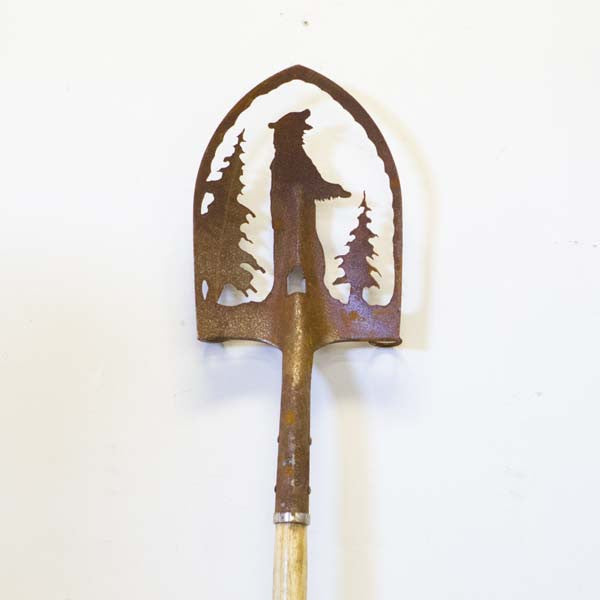 SH0510 Shovel stake bear