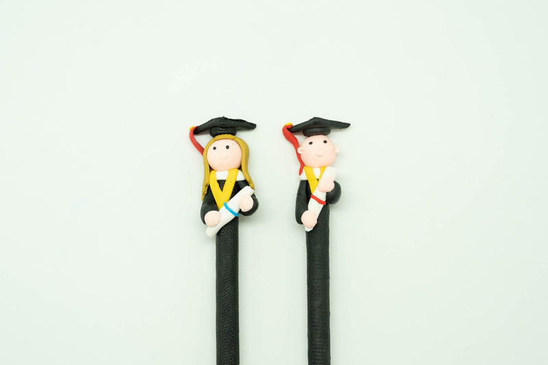 Graduation Figurine Design Pen Pens One Dollar Only